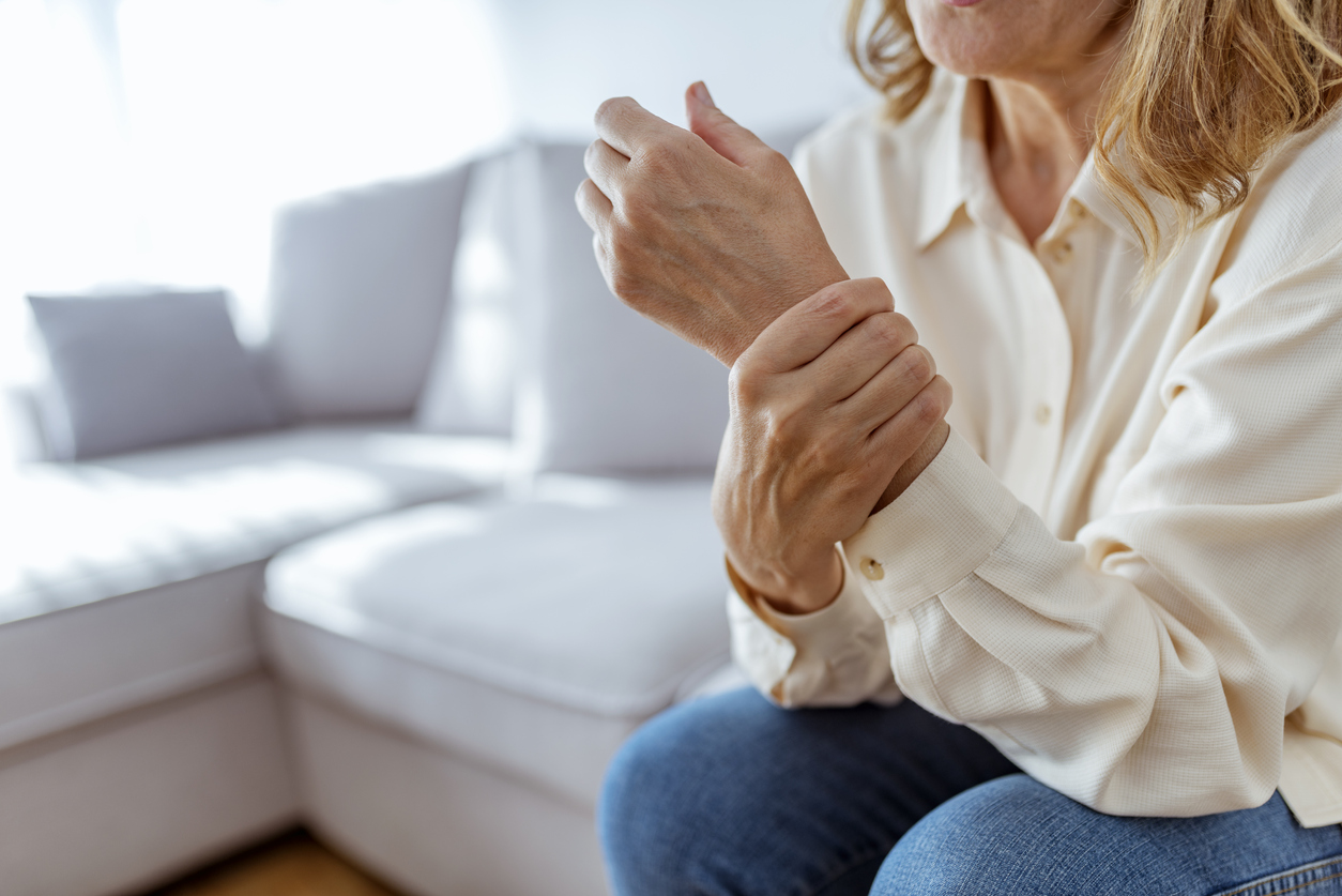 woman with chronic pain in her wrist